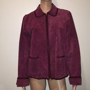 Great Burgundy Leather Jacket! 🍁